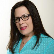 Shellie Topper, Senior Design Consultant