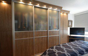 A High-Rise on the Hudson Gets a Stunning Wardrobe