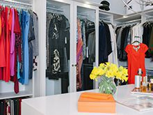 High Gloss White Walk in Closet Organized Hanging Clothes