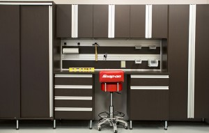 expert-advise-organize-your-garage-california-closets