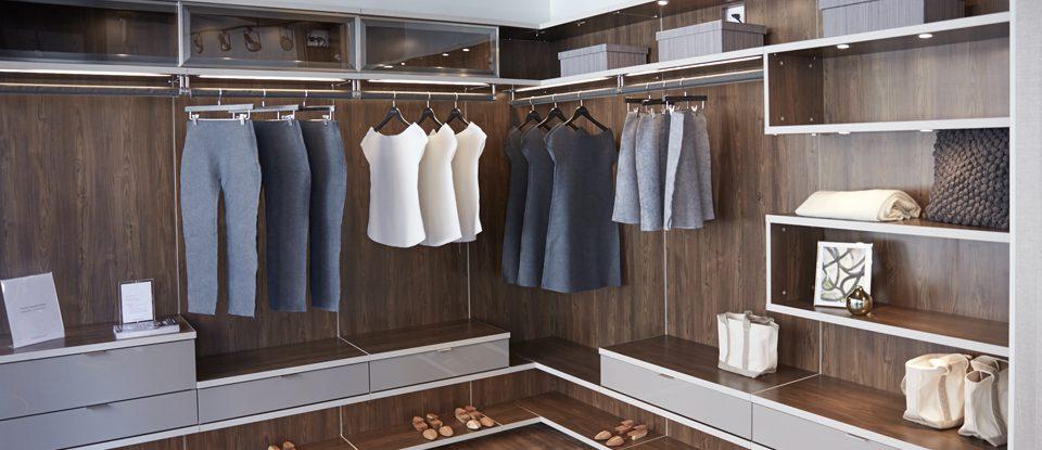 Grande ouverture à Scottsdale- California Closets célèbre l'inauguration d'un nouveau studio de design modèle
