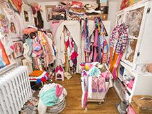 California Closets client Tiffany Pratt's disorganized closet before redesign