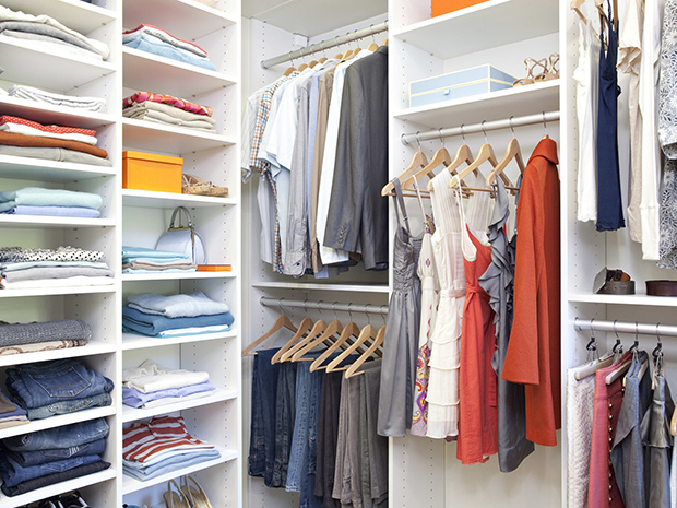 CALIFORNIA CLOSETS CHARLESTON – DECLUTTER AND DESTRESS WITH THE RIGHT WALK IN CLOSET ELEMENTS